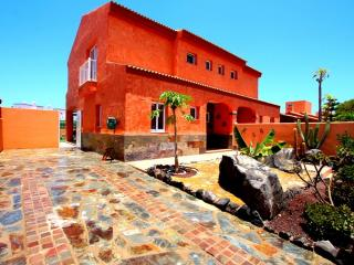 Charming 3 bedroom House in Corralejo - Corralejo vacation rentals