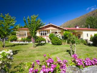 Kingston Homestead, tranquility near Queenstown - Kingston vacation rentals
