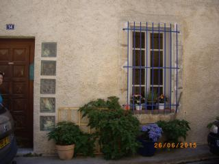 Cozy Sigean Studio rental with Internet Access - Sigean vacation rentals