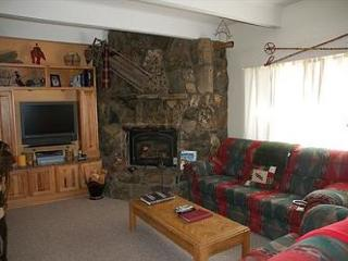 Newly Remodel 3 Bedroom Unit In The Town Of Dillon And Bike Path/Marina - Dillon vacation rentals