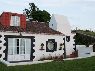 Casa Tangiara Guest House - Angra do Heroísmo vacation rentals