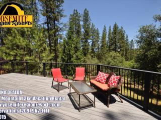 Sweet Cabin PoolTable Internet 25m> Yosemite - Groveland vacation rentals