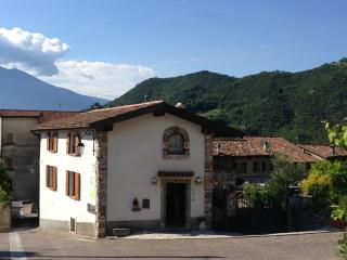 CASA RITA - APPARTAMENTO 5 - Tremosine vacation rentals