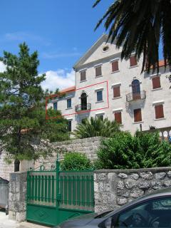 Palata Milosevic : 129 sqm apartment on waterfront - Dobrota vacation rentals