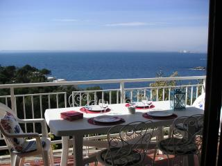 2 bedroom Condo with Microwave in Roses - Roses vacation rentals