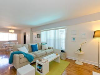 Beautiful 1 bedroom West Hollywood Condo with Internet Access - West Hollywood vacation rentals