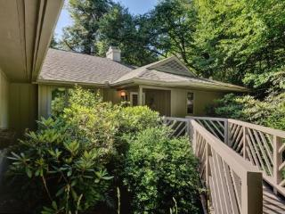 160 Laurelwood Drive - Highlands vacation rentals