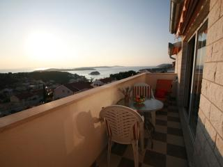 Exclusive  Studio Apart.N°1 with view and pool - Hvar vacation rentals