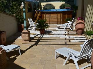 Villa Leonardo Apartments, sleeps 4 - Bucchianico vacation rentals