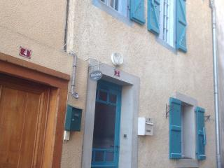 Bright 4 bedroom Condo in Castelnau-Magnoac - Castelnau-Magnoac vacation rentals