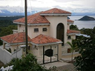 Private Home w Breathtaking Views Gulf of Nicoya ALA BLANCA HILLS - Paquera vacation rentals