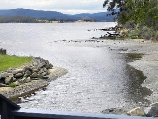 Huon Charm Waterfront Cottage - The Boathouse - Geeveston vacation rentals