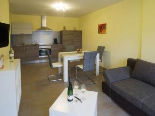 Vacation Apartment in Detzem - quiet, comfortable, bright (# 8806) - Detzem vacation rentals