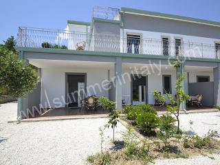 Perfect 2 bedroom Marina di Casal Velino House with Deck - Marina di Casal Velino vacation rentals