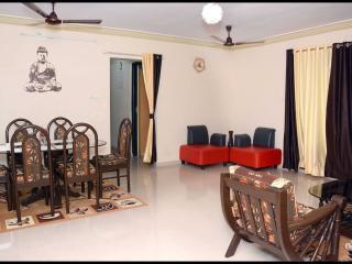 A corporate Suite in Mumbai - Kandivali vacation rentals