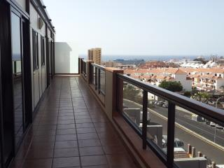 Beautiful 2 bedroom Apartment in Adeje - Adeje vacation rentals