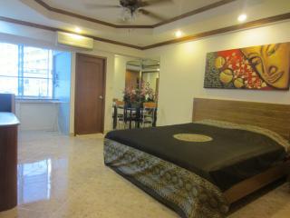 studio R in PatongCondotel 6floor  room 47/175 - Patong vacation rentals