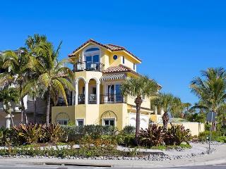 Casa de Mariposa 5542, Gulf View, 3 Bedrooms, Elevator, Heated Pool - Sarasota vacation rentals