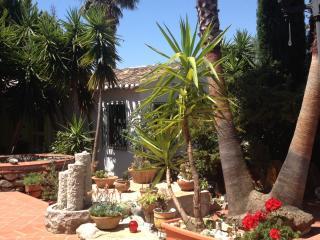 Beautiful Condo with Internet Access and A/C - Alfarnatejo vacation rentals