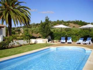 Holiday cottage, Algarve, Mexilhoeira Grande - Mexilhoeira Grande vacation rentals