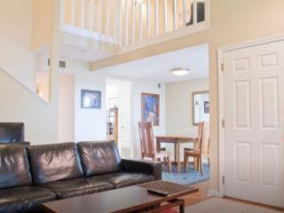 3 bedroom Townhouse with Internet Access in Austin - Austin vacation rentals