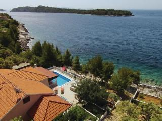 Beautiful 4 bedroom Blato Villa with Deck - Blato vacation rentals