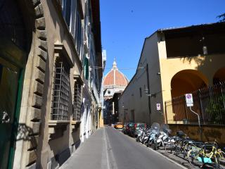 Prestige House Duomo WIFI - Florence vacation rentals