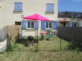 Maison Tifaloc Gîte du Midi - Montelimar vacation rentals