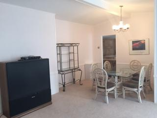 Nice House with Internet Access and Linens Provided - Lake Powell vacation rentals