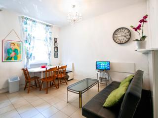 2 bedroom Apartment with Internet Access in Belgrade - Belgrade vacation rentals