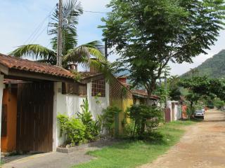 Casa na Praia da Enseada - Ubatuba - São Paulo - Ubatuba vacation rentals