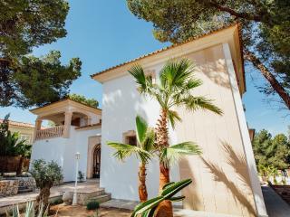 Residence CASA BLANCA - Santa Ponsa - Santa Ponsa vacation rentals
