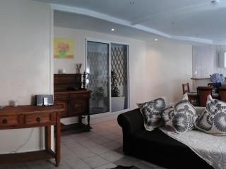 Nice Condo with Internet Access and Telephone - Biarritz vacation rentals
