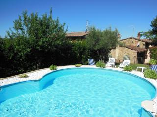Cottage Roccaio Cortona - Cortona vacation rentals