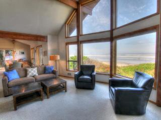 Oceanfront Home on Miles of Sandy Beach! - Yachats vacation rentals