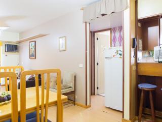LivingInRio-i02.027-1br-BARRA DA TIJUCA - Itanhanga vacation rentals
