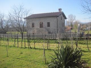 Nice Townhouse with Internet Access and Central Heating - Villafranca in Lunigiana vacation rentals