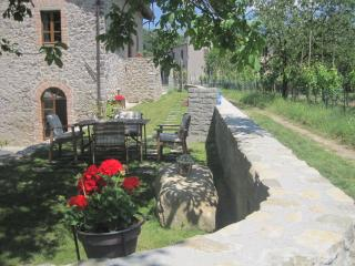 Cozy 2 bedroom Townhouse in Villafranca in Lunigiana - Villafranca in Lunigiana vacation rentals