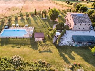 I GIGLI Nice apartment in Corinaldo (Marche) - Corinaldo vacation rentals