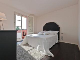 Nice 1 bedroom Townhouse in Prato - Prato vacation rentals