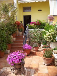 Beautiful B&B with Internet Access and Short Breaks Allowed - Gallipoli vacation rentals