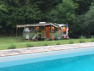 Vintage Airstream Caravans in Dordogne (Gîtes) - Meyrals vacation rentals