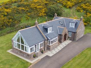 Nice Cottage with Internet Access and Television - St Cyrus vacation rentals