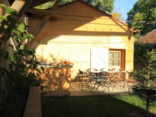 MAISON DE VACANCES 2 à 8 PERSONNES - Mormoiron vacation rentals