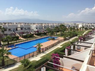 2BR end apartment close to pool, bars & golf - Alhama de Murcia vacation rentals