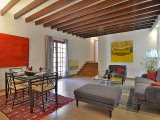 Palma Old Town 4pax 1km/beach lift - Palma de Mallorca vacation rentals