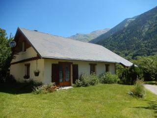 Maison individuelle en Oisans : Les Vernes - Chantelouve vacation rentals