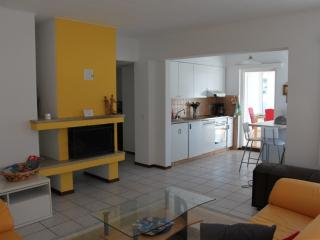 Nice Condo with Deck and Internet Access - Ronchini vacation rentals