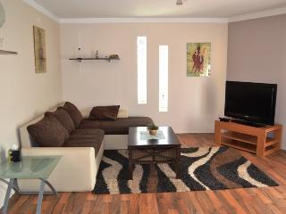 Apartment 'Bepo' near Zadar Airport - Zadar vacation rentals