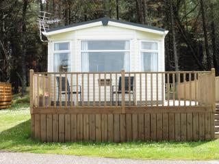 2 bedroom Caravan/mobile home with Deck in Burghead - Burghead vacation rentals